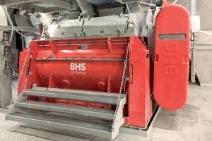 Baumit a fait installer son premier malaxeur discontinu pour matériaux secs de type DMX 4900 S de BHS-Sonthofen dans son usine Nord de Wopfing. [©Wopfinger Baustoffindustrie]