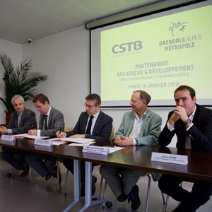 Le CSTB et Grenoble-Alpes Métropole s'engagent dans un partenariat de 3 ans. [©Grenoble-Alpes Métropole]