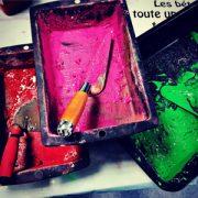 """Dans le """"Village des sciences"""" au Coudray, le Cérib organise un atelier pour fabriquer un objet en béton coloré. [©Cérib]"""