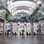 Les Matériauthèques Campus sont installées dans des lieux de passage, tels que les halls d'entrée ou les bibliothèques. [©ArchiMaterial]