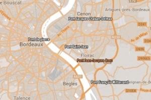 Vincent Feltesse, président de la communauté urbaine de Bordeaux, a annoncé le nom des équipes en compétition pour la réalisation du pont Jean-Jacques Bosc. ©Cub