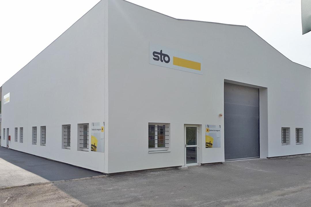 Sto inaugure son premier StoShop. [©Sto]