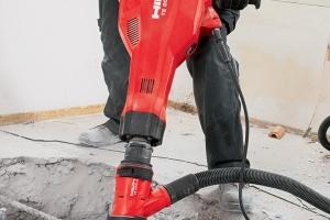 Le nouveau burineur d'Hilti de dernière génération TE 2000-AVR facilite l'utilisation et la maintenance, tout en évitant les TMS. [©Hilti]