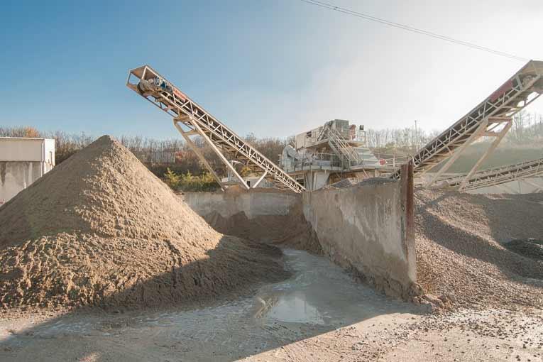 Granulats issus du recyclage de bétons de déconstruction.  [©ACPresse]
