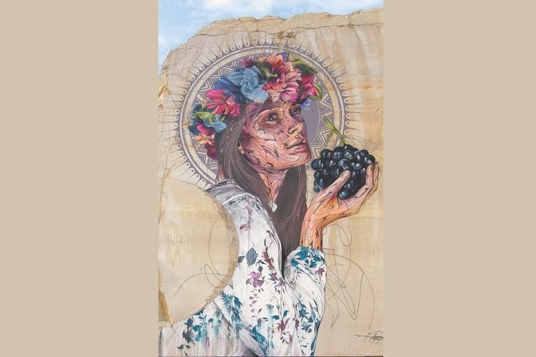 Figure montante du Street Art en France, Hopare ets le pseudonyme d'Alexandre Monteiro. L'artiste crée des lignes parfaites, géométriques et abstraites, dans lesquelles apparaissent souvent des visages. Comme ici, pour la session 2017.
