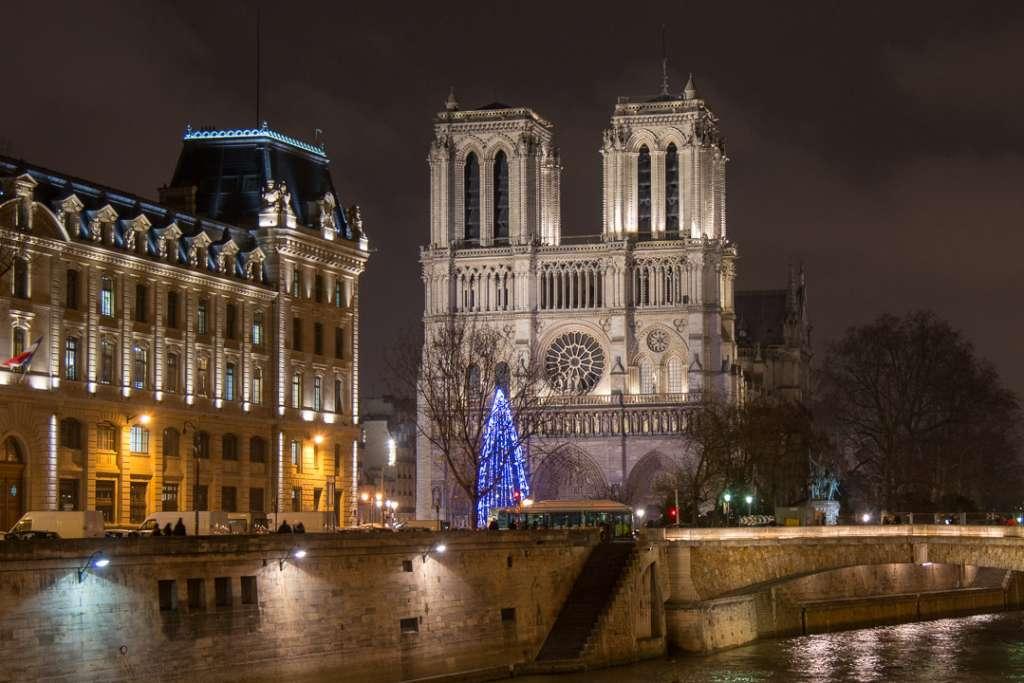 La cathédrale Notre-Dame-de-Paris.