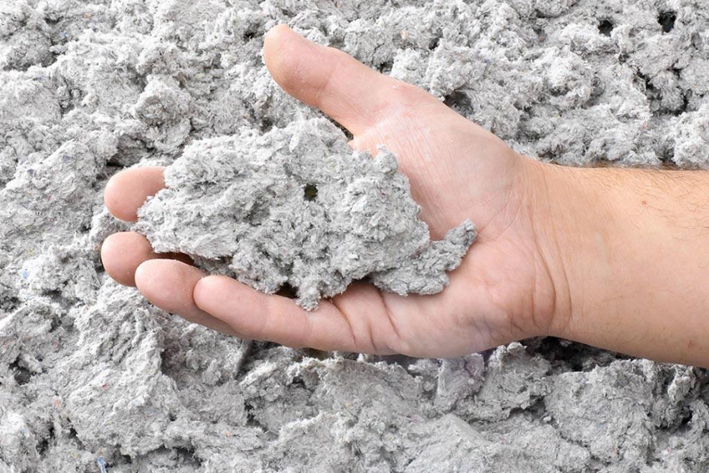 L'offre de KparK combine deux matériaux, la laine de verre produite par Isover et la ouate de cellulose. [©KparK]
