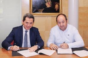 Didier Petetin, Dg délégué du groupe Vicat, et Olivier Stocker, président de JPS Granulats.