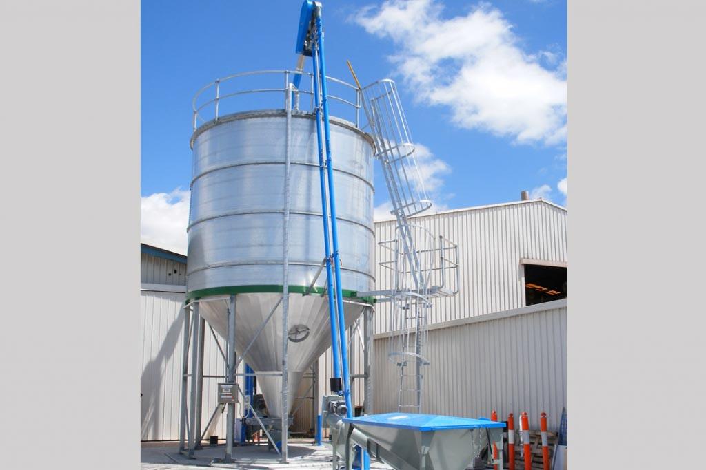 Le convoyeur aéro-mécanique Floveyor distribué par Gericke est un système de manutention des produits en vrac, tels que les poudres et les granulés. [©Gericke]