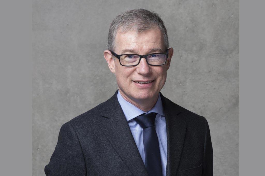 """Etienne Crépon, président du CSTB, a confié à François Jallot la direction """"Sécurité – Structures – Feu"""". [©Nicolas Richez]"""