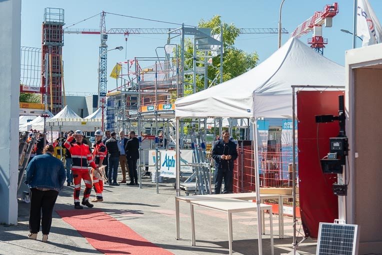 La V-Expo a réuni près de 500 personnes autour des stands des fournisseurs de Vinci Construction France. [©ACPresse]