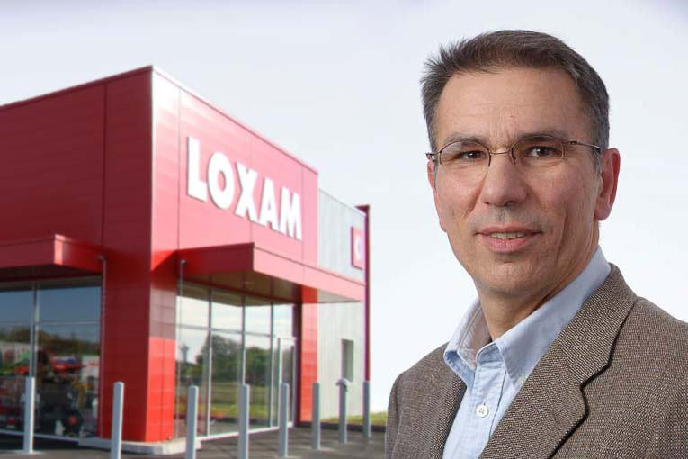 Thierry Lahuppe, directeur de l'environnement technique chez Loxam : « Avec nos matériels connectés, nos clients peuvent avoir connaissance des situations dangereuses dans lesquelles les machines qu'ils ont louées pourraient se trouver ». [©Michel Roche]