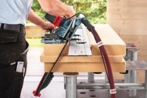 L'un des atouts-maîtres de la scie DSS 300 cc est sa capacité à effectuer des coupes inclinées. [©Mafell]