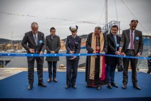 La Capo Cinto a été inauguré par Guy Sidos, PDG de Vicat, d'Anne Cullere, marraine du navire et des autorités religieuses locales. [©Vicat]