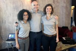 De gauche à droite : Ouissem Zehou, directrice marketing, Amaury Omnès, directeur général et Camille Pennel, chef de projet marketing et communication. [©ACPresse]