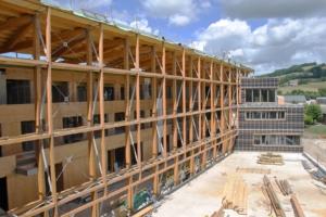 « L'enjeu est de changer en profondeur la manière de concevoir, de construire, d'exploiter et de déconstruire un bâtiment », explique Frédéric Carteret, nouveau président de l'UICB. [©Crédit Agricole d'Aurillac]