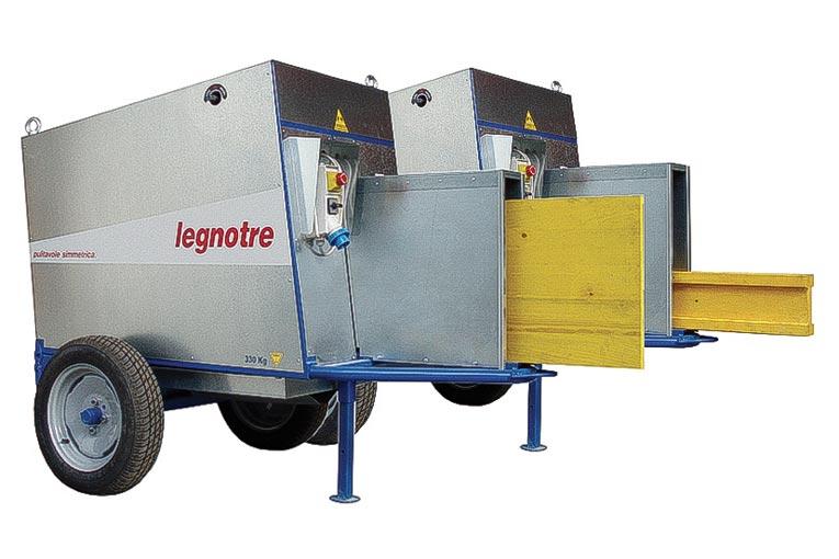L'italien Legnotre Industriale propose une nouvelle machine, la Simmetrica pour le nettoyage des bois.  [©Legnotre Industriale]