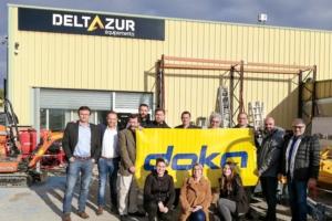 Deltazur Equipements affiche les couleurs de son nouveau partenaire Doka France. [©Doka France]