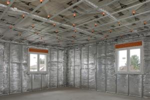 Knauf Insulation lance RT Plus Murs, une solution d'isolation 2-en-1 pour combles aménagés, disponible en neuf ou en rénovation. [©Knauf Inuslation]