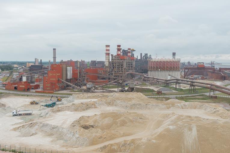 La laitier de hauts fourneaux est généré lors de la production de l'acier. [©ACPresse]