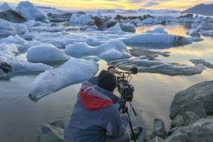Franck Lefebvre pris en photo lors de ses tournages en Islande. [©Franck et Florence Lefebvre]