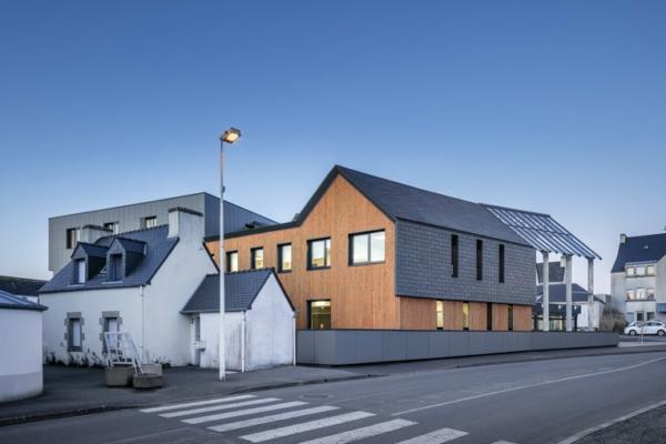 Cupa Pizzaras a développé des solutions pour habiller les bâtiments d'ardoise, en façade comme en toiture, sans difficultés de mise en œuvre. [©Cupa Pizzaras]