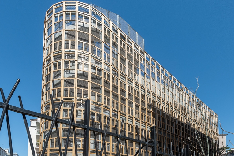 Conçue par l'architecte Jean Bocabeille, la crèche est réalisée dans un contexte métropolitain où le foncier est rare. [©ACPresse]