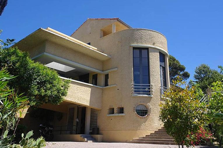 """La """"Maison de l'Architecture Villa Romée"""" promeut l'architecture et les arts qui s'y rattachent. [©Maison de l'Architecture]"""