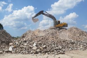 La totalité du gisement de béton de démolition du bâtiment disponible en France est de 17 Mt/an. [©Seddre]