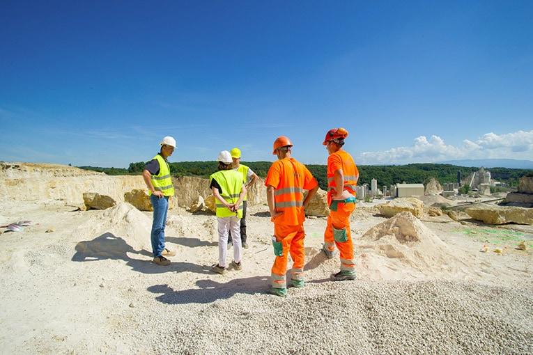 Entreprise familiale, le groupe Saint-Hilaire transporte 700 000 t/an de matières minérales. [©Saint-Hilaire]
