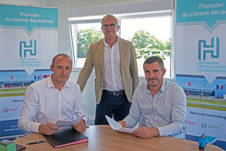 De gauche à droite, Julien Blanchard, co-fondateur d'HGCT, David Guglielmetti, directeur du développement d'HGCT, et Clément Blanc, directeur général de Capremib. [©HGCT]