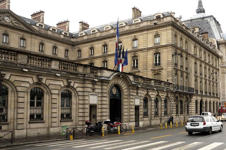 La Caisse des Dépôts met 26 Md€ dans France Relance.