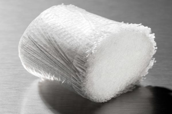 Chryso propose plusieurs produits autour du béton projeté, dont la macro-fibre synthétique Chryso Gunita 50 S. [©Chryso/Bruno Mazodier]