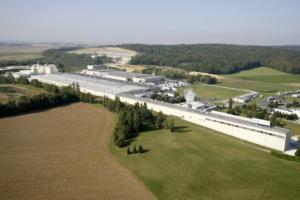 Knauf France investit 60 M€ dans une toute nouvelle usine dédiée à la production de plaques de plâtre. [©Knauf France]