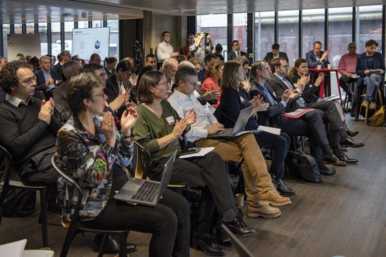 Près de 150 personnes se sont déplacées pour découvrir les initiatives autour de la construction et du bas carbone. [©VincentGerbet]