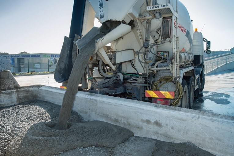 Les excédents de béton non utilisés et retournés en centrale ne sont donc pas à prendre à la légère. Benne de recyclage sur le site Celtys de Landivisiau (29). [©ACPresse]