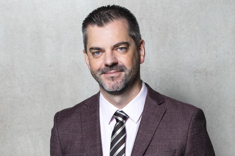 """Etienne Crépon, président du CSTB, a confié à Stéphane Hameury, 41 ans, la nouvelle direction opérationnelle """"Enveloppe du bâtiment"""". [©Raphaël Dautigny]"""