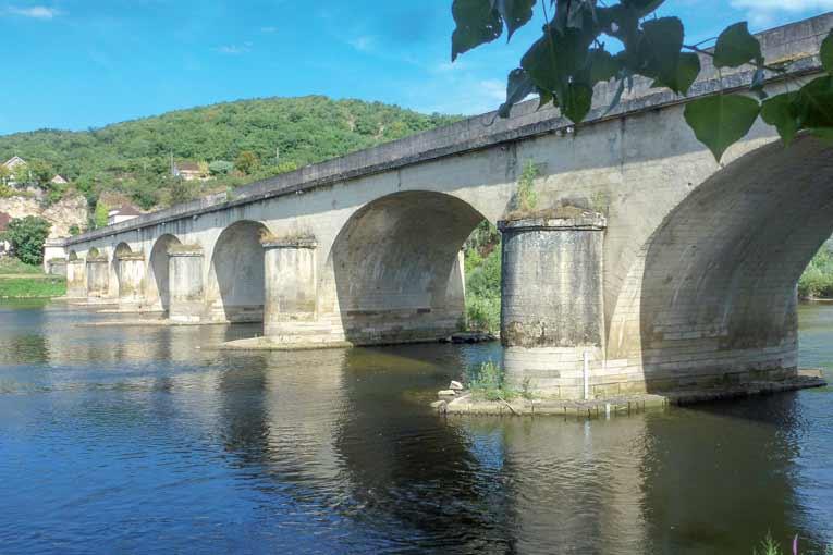 """Le pont Souillac, dit """"Louis Vicat"""", s'est refait une beauté à l'identique. [©Vicat]"""