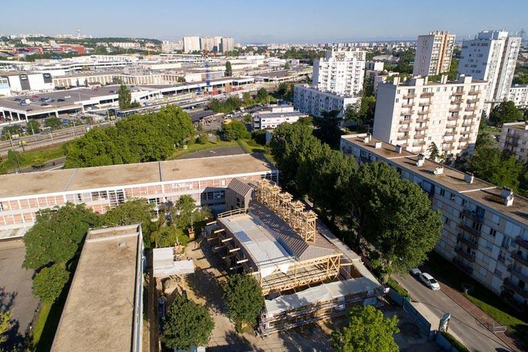 Centre de loisirs Jacques Chirac à Rosny-sous-Bois, au moment de la construction. [©Ville de Roscny-sous-Bois]