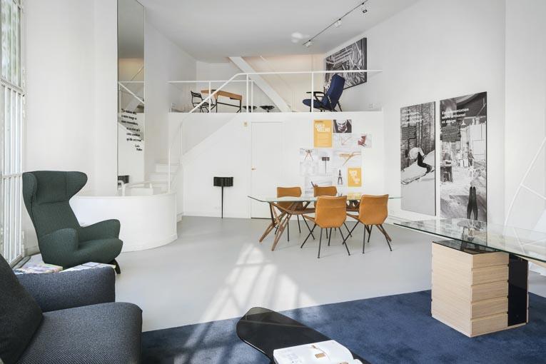 La collection 2020 de meubles Zanotta est mise en valeur à Paris, dans une exposition temporaire à l'intérieur de la maison Ozenfant. [©Zanatto]