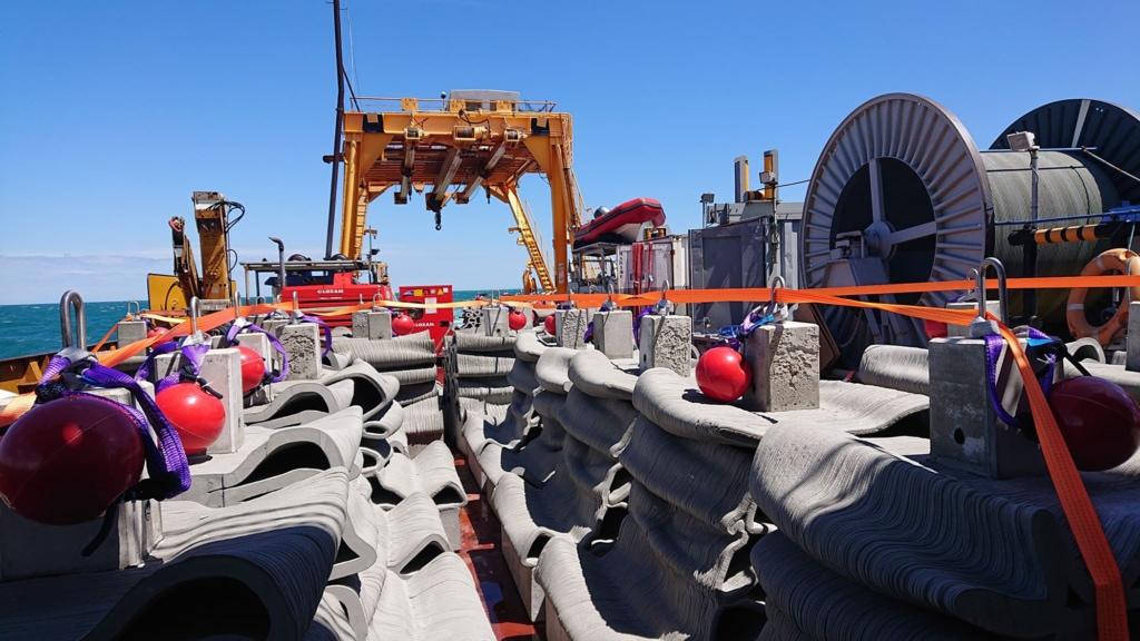 Seaboost, Vicat et XtreeE ont réalisé 32 récifs artificiels déployés à Agde.  [©Service des aires marines protégées de la Ville d'Agde/ Renaud Dupuy de la Grandrive]