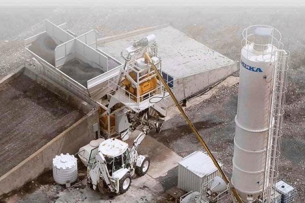 La centrale MB-C30 de Meka tient dans un conteneur, ce qui simplifie son transport. [©Meka]