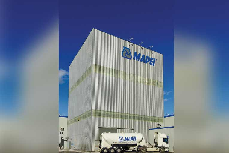 Mapei a déjà mis en place plusieurs mesures pour réduire la facture CO2 de son système de transport.  [©Mapei]