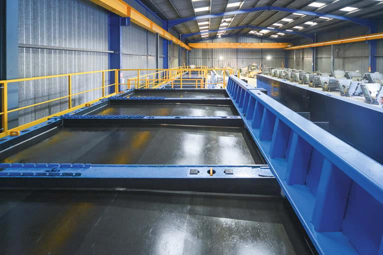 Sateco a développé une gamme de moules destinés à la préfabrication. [©Sateco]
