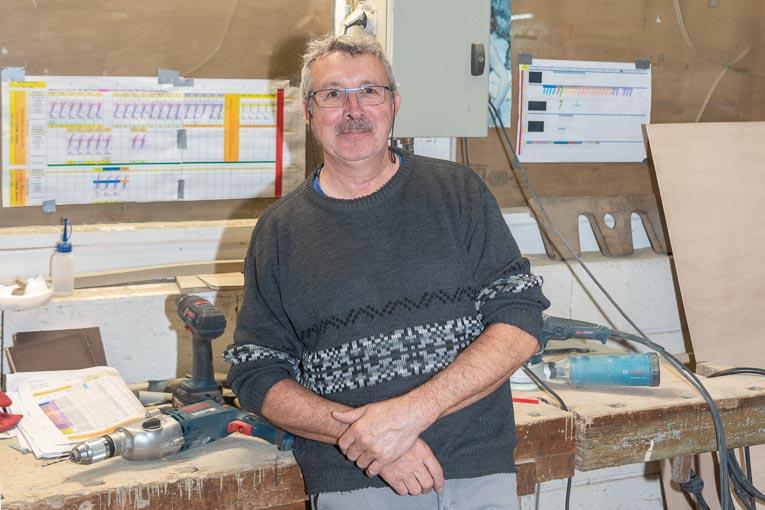 Jean-Paul Franzini, dans l'atelier de moules de l'usine Capremib. [©ACPresse]