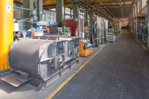 Ligne de production des malaxeurs à doubles arbres horizontaux au sein de l'usine BHS-Sonthofen. [©ACPresse]