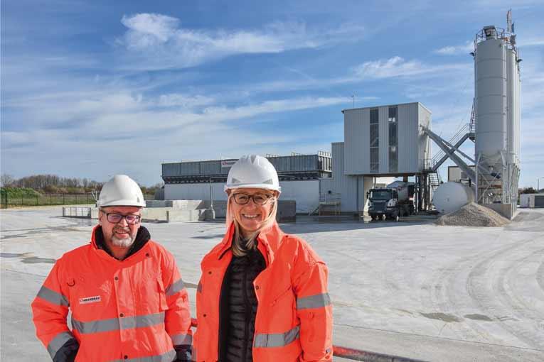De gauche à droite Jean-Paul Thomas, responsable sécurité du groupe Garandeau, et Ann Soucaret, responsable de l'activité BPE. [©Gérard Guérit]