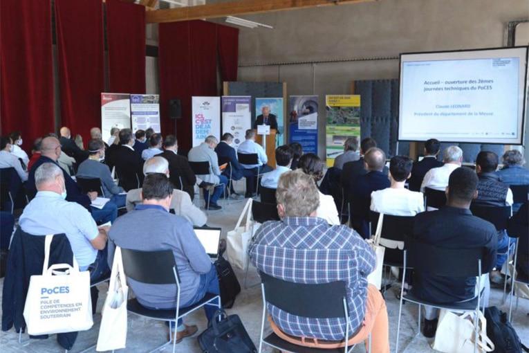 Une soixantaine de participants scientifiques, maîtres d'ouvrage et d'œuvre, entrepreneurs, fournisseurs et institutionnels ont assisté aux conférences.