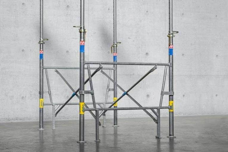Le Cadre-Etais Doka assure la verticalité des étaiements en toute sécurité. [©Doka]