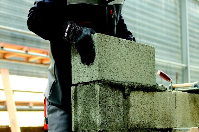 Les gants innovants Rostaing protègent leurs utilisateurs contre les risques mécaniques [©Rostaing]